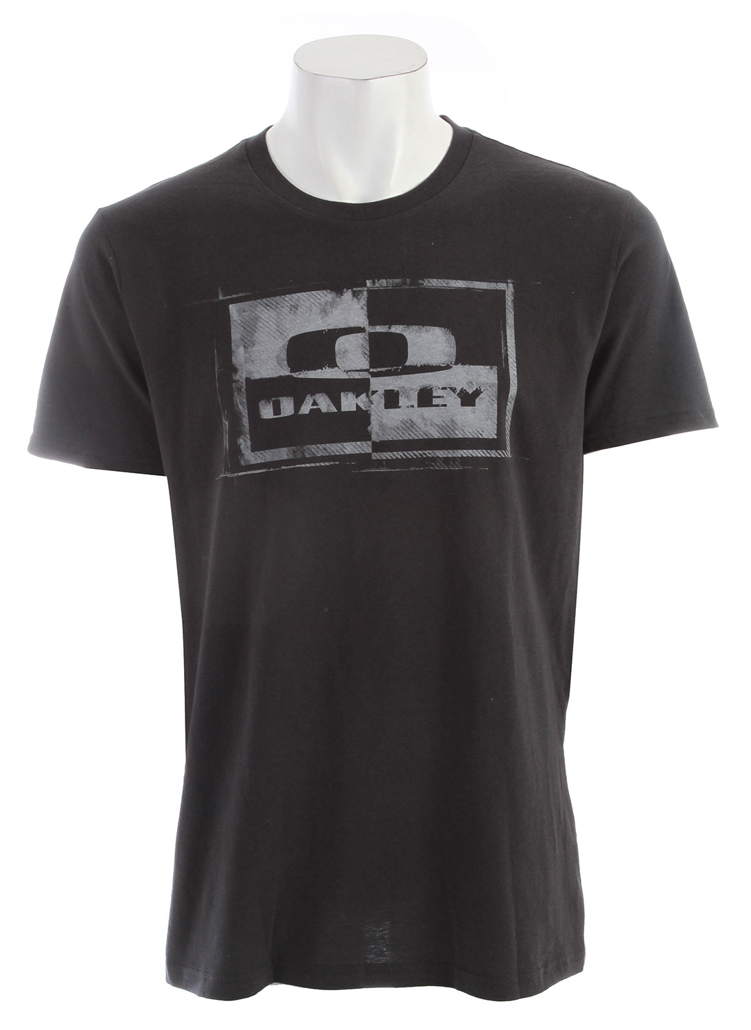 The famous Oakley logo gets updated in modern contrast on the Block It Tee, made with pure cotton for keeping surfers comfortable when shredding is done for the day.Key Features of the Oakley Block It T-Shirt: Tee with front screen print 100% Cotton Fit: Regular - $13.95