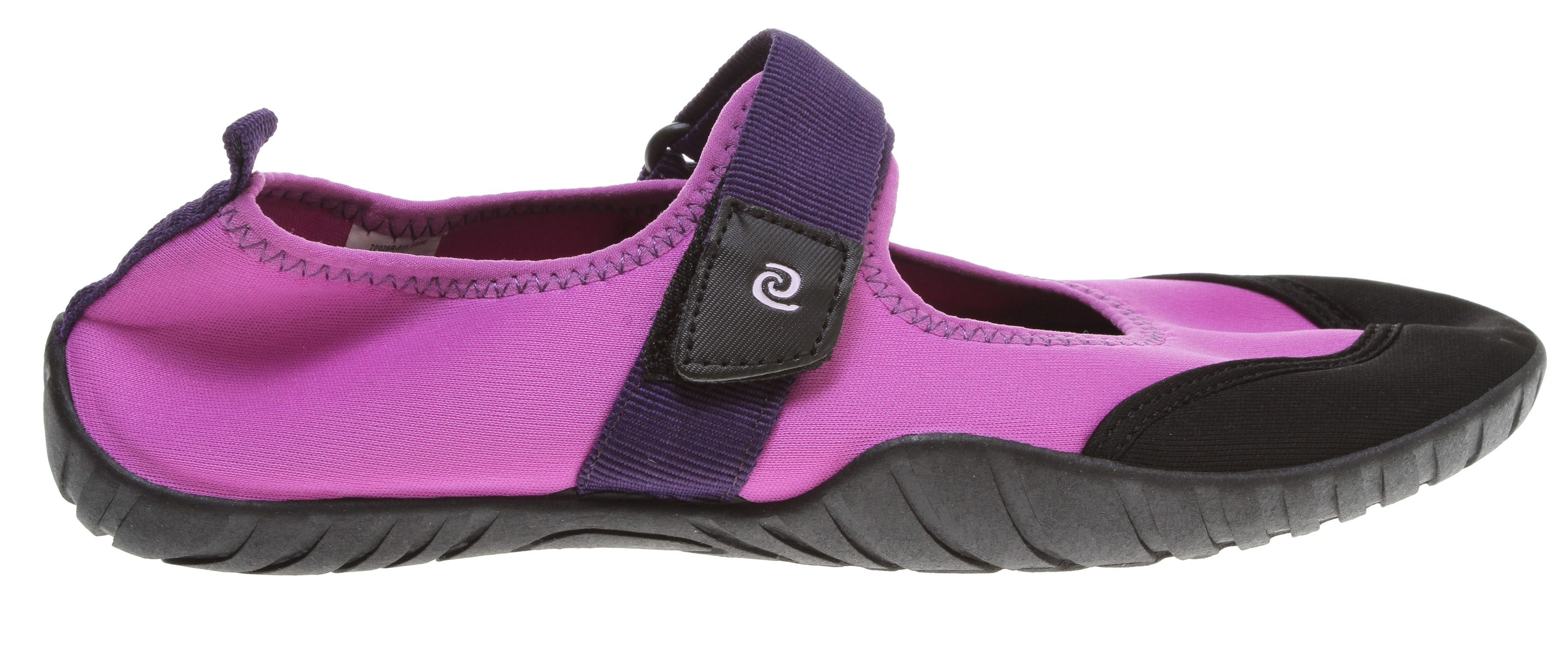 Entertainment Inexpensive water shoes with a slip on fit. Produced with innovative methods using recycled materials for high quality footwear. Rafters also takes great care the environment. Rafters are durable, high-quality footwear at an affordable price.Key Features of the Rafters Santa Cruz Water Shoes: Stretchy nylon fabric upper Rubber sole Available in whole sizes only, half sizes please order the next size up - $9.95