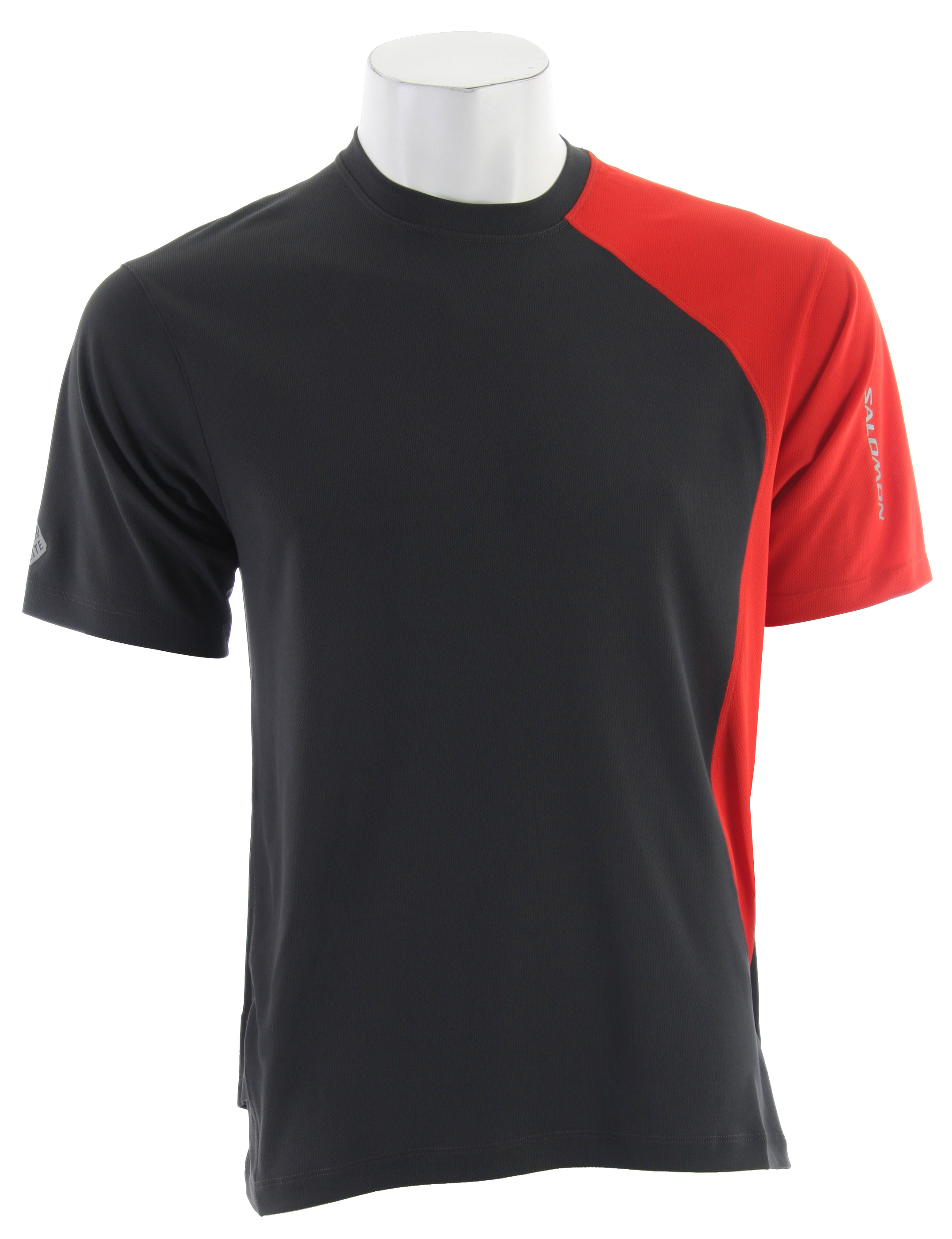 Fitness The Salomon Trail III Tech T-Shirt is relaxed fitting, versatile, light weight with stash pocket for running and outdoor sports.Key Features of the Salomon Trail III Tech T-Shirt: Smart Skin Actilite Polymockeylet Stash Pocket Flatlock Seams Reflective Branding Front & Back Composition Body : Polyester 100% Relax Fit Weight 110 G / 3,88 Oz - $28.95
