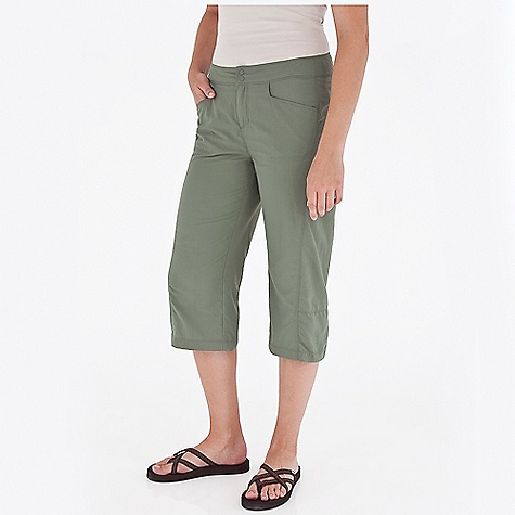 Entertainment On Sale. Free Shipping. Royal Robbins Women's Cabo Digger Capri DECENT FEATURES of the Royal Robbins Women's Cabo Digger Capri Interior elastic at waistband for adjustability Hook and loop secured pocket Contrast color inside waistband Articulated knees Vent at hem The SPECS Regular fit Inseam: 19in. Fabric: 2-Ply Nylon 3 oz 100% Nylon UPF 30+ - $41.97