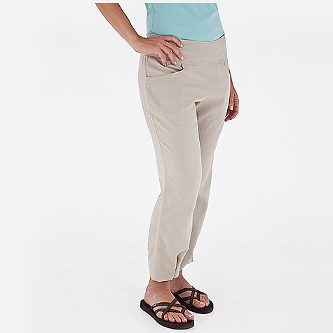 Surf Free Shipping. Royal Robbins Women's Coco Crop Pant DECENT FEATURES of the Royal Robbins Women's Coco Crop Pant Wide waistband for comfort Relaxed drop-in pockets Adjustable hem 26in. sandal pant The SPECS Regular fit Contemporary rise Straight leg Fabric: City Blend 5.5 oz 55% Linen / 45% Rayon Garment washed - $67.95