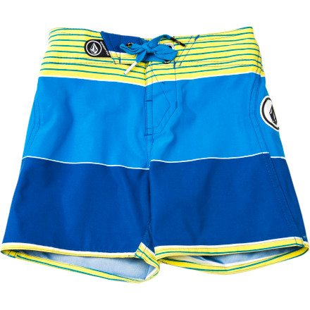 Surf Start him off on the path to surf glory with the Volcom Toddler Boys' Maguro Stripe Board Short and before you know it, he'll be ripping waves along side you. - $41.95