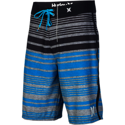 Surf The Hurley Phantom 30 Ragland Short is packin' more stripes per square inch than almost anything else hanging in your closet. This makes you faster in a foot race and easier to spot on film. Amazingly, Hurley included 71% of these stripes completely free-of-charge. That's just good value. - $41.62