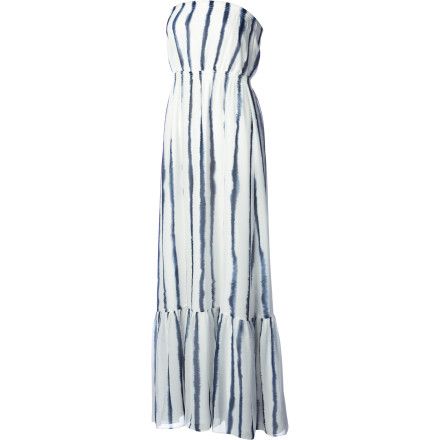 Entertainment The simplest way to go sexy in the summer is to go strapless, and the Quiksilver Women's Splash Maxi Dress adds sporty fun with its easy fit and style. In maxi length with an allover print, this dress is cool and eye-catching in the sand or at the soiree. - $63.33