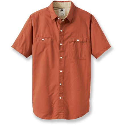 Spend a sunny summer day exploring the urban landscape in the woven Arbor Mulholland shirt. Made from organic cotton for breathable comfort and easy care. Button-close chest pockets secure your essentials. - $29.83