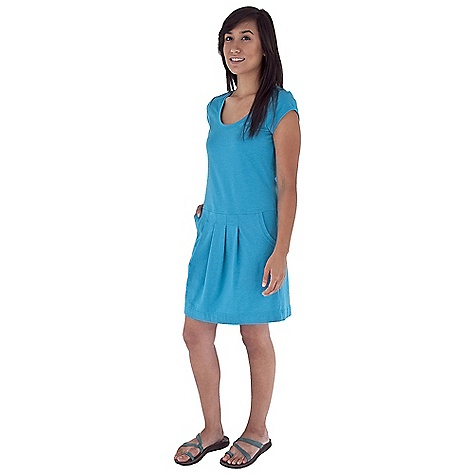 Entertainment Free Shipping. Royal Robbins Women's Essential Pocket Dress DECENT FEATURES of the Royal Robbins Women's Essential Pocket Dress Scoop neck Cap sleeves Drop front yoke with gathers Drop-in pockets at waist The SPECS Regular fit 36in. length Fabric: Stretch Jersey 6 oz 58% Cotton / 37% Polyester / 5% Spandex Garment washed UPF 50+ - $69.95