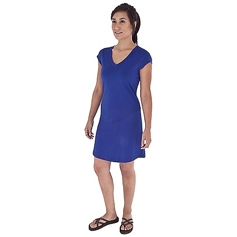 Entertainment Free Shipping. Royal Robbins Women's Kick Back Dress DECENT FEATURES of the Royal Robbins Women's Kick Back Dress Tonal stitching details Hidden zip secured pocket The SPECS Regular fit Knee length Fabric: Kick Back 1x1 Rib 7.25 oz 100% Cotton Garment washed UPF 50+ - $59.95