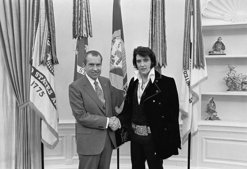 Entertainment Richard-M.-Nixon-and-Elvis-Presley-at-the-White-House