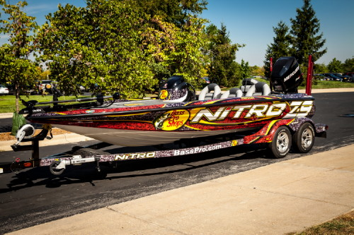 Fishing NITRO Z-7 boat with a Mercury 150 Optimax