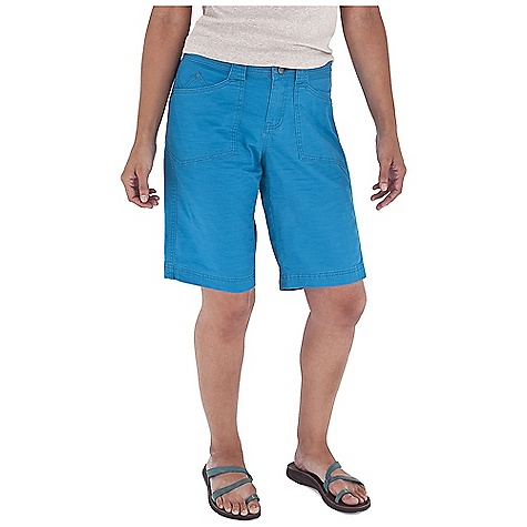 Entertainment On Sale. Free Shipping. Royal Robbins Women's Kick It Short DECENT FEATURES of the Royal Robbins Women's Kick It Short Tonal stitching details Logo rivet reinforced pockets The SPECS Regular fit Contemporary rise Inseam: 11in. Fabric: Billy Goat Stretch Slub Canvas 5 oz 98% Cotton / 2% Spandex Garment washed UPF 50+ - $40.57