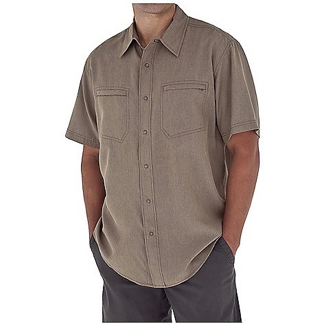 Entertainment Free Shipping. Royal Robbins Men's Monument S-S Top DECENT FEATURES of the Royal Robbins Men's Monument Short Sleeve Top Tonal stitching details Dual chest pockets (1 with zip secured closure) Bias detail at center back collar Asymmetric back yoke with stitching details Shirt tail hem The SPECS Regular fit Fabric: 4.25 oz 70% Modal / 30% Polyester UPF 50+ - $57.95