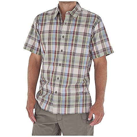 Entertainment Royal Robbins Men's Sambora Plaid S-S Top DECENT FEATURES of the Royal Robbins Men's Sambora Plaid Short Sleeve Top Tonal stitching details Drop-in chest pocket Bias detail at center back collar Straight hem with side vents The SPECS Regular fit Fabric: 2.5 oz 60% Cotton / 40% Polyester - $47.95