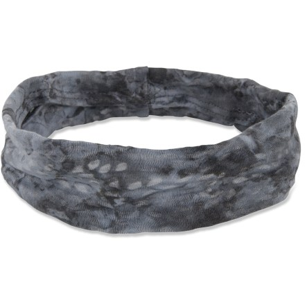 The prAna Burnout headband features an attractive lotus pattern to complement your workout wardrobe. - $12.00