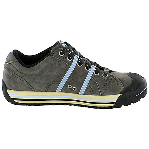 Free Shipping. Oboz Women's Jasper Shoe DECENT FEATURES of the Oboz Women's Jasper Shoe Suede Leather BFit Deluxe Compression Molded EVA Nylon Shank Mountain Town Outsole The SPECS Weight: 1/2 pair: 12.3 oz - $115.00