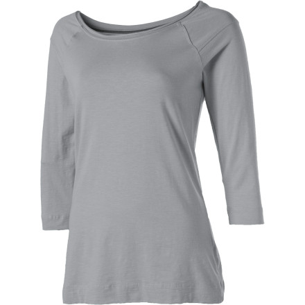 The Horny Toad Women's Rollick 3/4-Sleeve Shirt makes getting ready in the morning an easy task. Its wide, scoop neck makes putting on the Rollick exceptionally easy since you don't have to worry about messing up your hair. Plus, with the Rollick's 3/4-length sleeves, you don't have to stress about splashing any water, toothpaste, or facial wash on this boat-neck top during your morning bathroom routine. Made with a blend of organic cotton, Tencel, and spandex, this comfortable shirt also feels soft and refreshing against your skin for a delightful morning pick-me-up. - $53.95