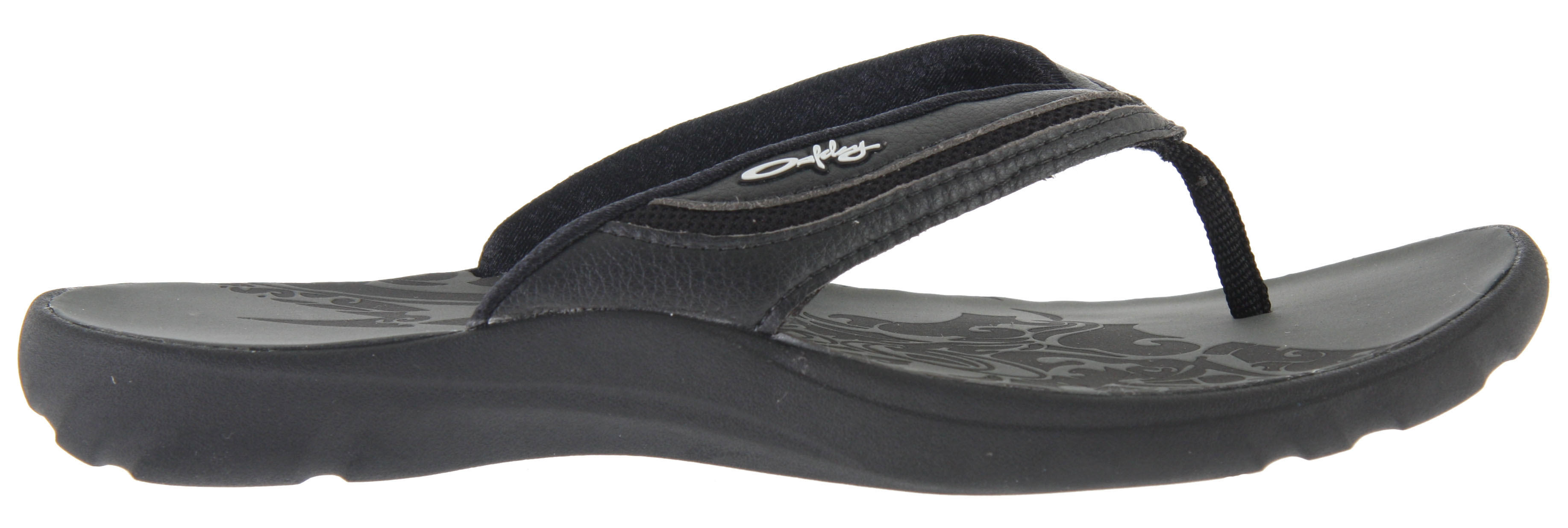 Surf Oakley's original LOWLA sandal design has been a beach beauty favorite and a casual enticer for ladies looking for laid-back allure. LOWLA 3 brings it to a whole new place of style. Just look at the art on the synthetic leather straps, and the fresh accents we crafted with neoprene insets. Inner beauty is a secret of this design, and it comes with the comfort of EVA shock absorption and RED CODE technology that returns energy with every step. This sandal even includes Microban to fight those nasty little microbes that cause odor, so go play hard.Key Features of the Oakley Lowia 3 Sandals: Synthetic leather strap with neoprene insets and soft nylon webbing post Neoprene with textile lining enhanced with Microban antimicrobial treatment to reduce odor Resilient EVA shock absorption RED CODE technology for dynamic shock attenuation, stability and energy return Ergonomically molded foot deck with laser treatment Traction of rubber sole - $39.95