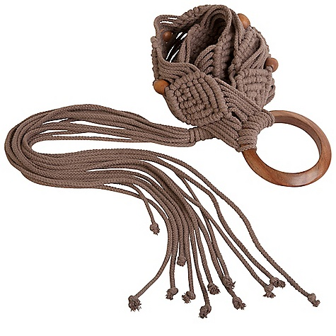Prana Women's Tassle Belt DECENT FEATURES of the Prana Women's Tassle Belt Macrame belt Wooden bead detail Wooden ring and fringe tie closure Metal prAna logo One Size The SPECS 100 Cotton - $35.95