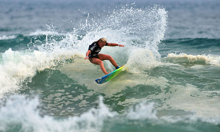 Surf DAX MCGILL TAKES GOLD AT WORLD JUNIOR SURFING CHAMPIONSHIPS!
