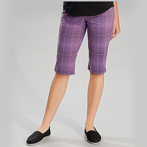 On Sale. Free Shipping. Lole Women's Waggle Walkshort DECENT FEATURES of the Lole Women's Waggle Walkshort Walkshort with regular waistband Hook and bar front closure 2 hand pockets 1 welt pocket at back Tee holders with ball marker Side slits with invisible zipper Inseam: 15in. / 38 cm - $59.96