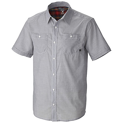 Free Shipping. Mountain Hardwear Men's Caskin SS Shirt DECENT FEATURES of the Mountain Hardwear Men's Caskin Short Sleeve Shirt Two chest pockets to secure essentials Button front closure The SPECS Average Weight: 5 oz / 150 g Center Back Lenght: 30in. / 76 cm Body: Chambray de Caskin (100% cotton) - $59.95