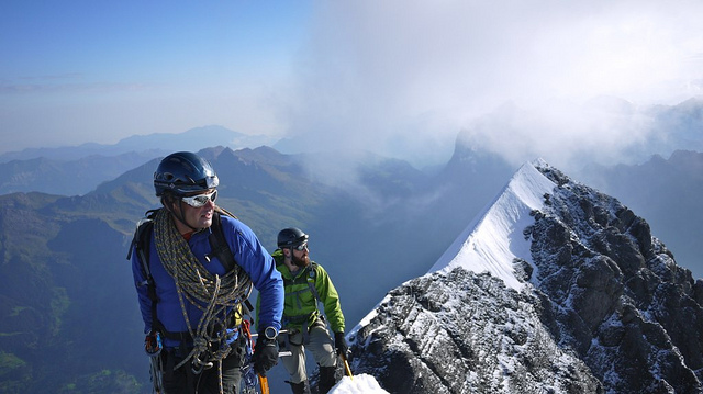 Climbing mountaineering in the Alps