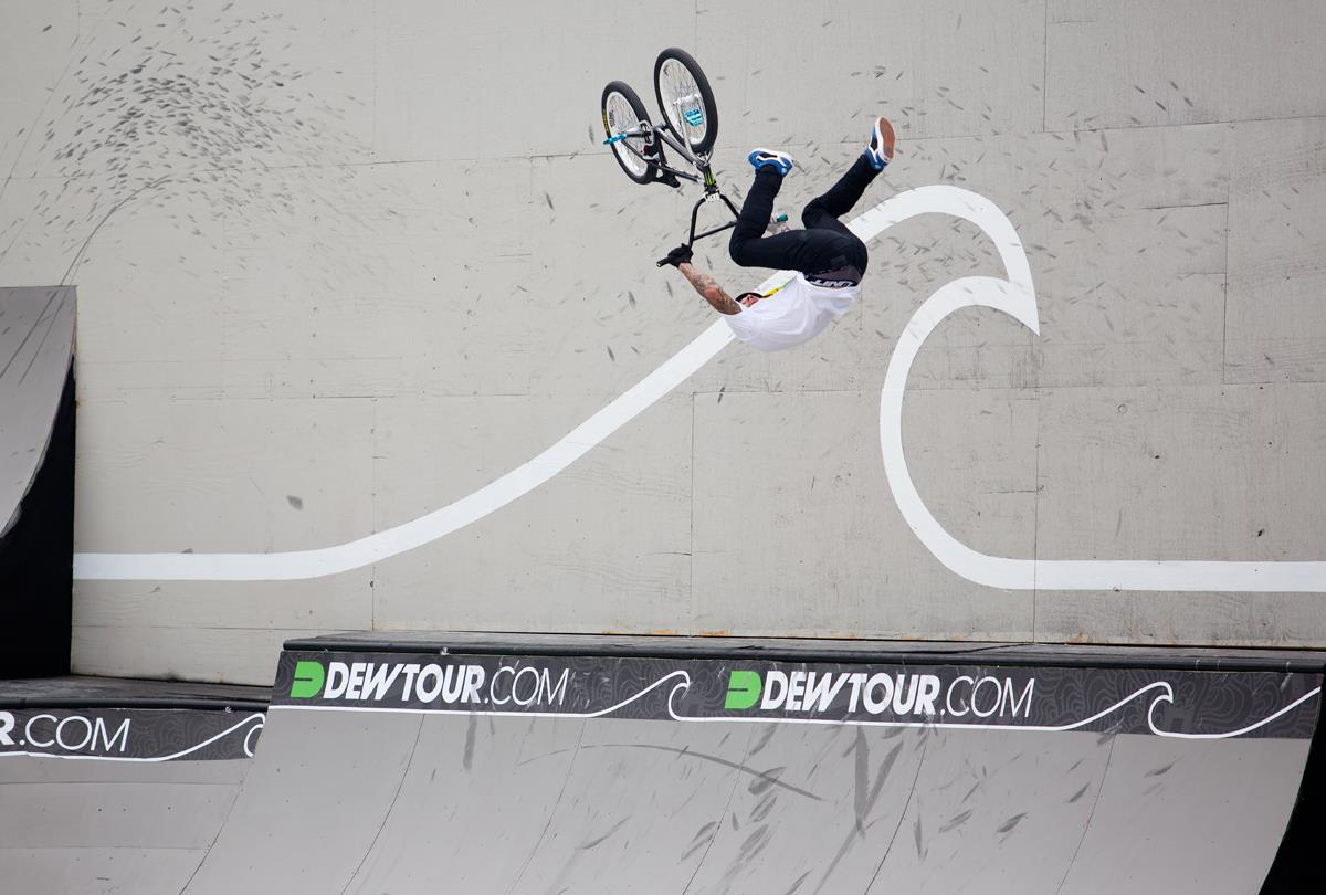 BMX Kyle Baldock - flair opposite downside whip.