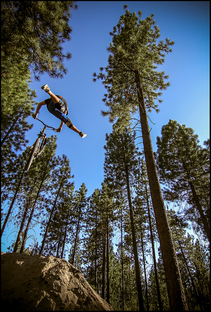 MTB Rider Skye Schillhammer airs it out at Beacon Hill (Washington State)