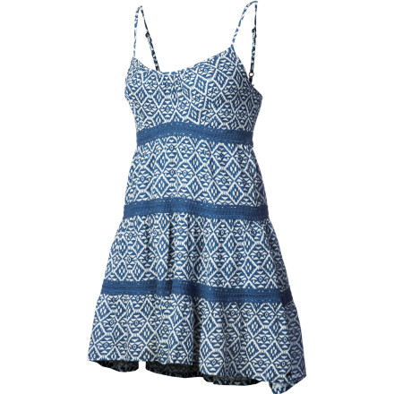 Entertainment Cool cotton gauze exudes breezy summer style, but it's also a cinch to wear. Whether you've just pulled it out of your weekend bag or have been sitting for hours at a outdoor dinner party the O'Neill Women's Eva Dress looks cutely crinkled, not wrinkled. Plus, you have a self-tie and adjustable straps for an everyday, comfortable fit. Inset crochet taping at its tiers adds to the sweet sentiment. - $33.53