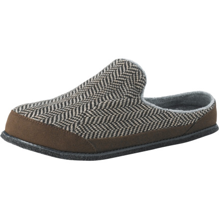 When its time to get serious about relaxing, slip on the SmartWool Fritter Free Heel Slipper, and shuffle on over to the recliner. Merino wool offers comfort and a natural resistance to odor, so these slips wont stink even after a weekend of barricading yourself in the den with your favorite powder vids. - $38.97