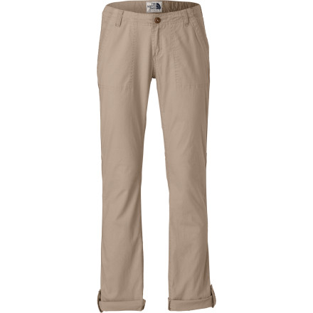 Sometimes rolling your sleeves up just doesn't do it; pull on the The North Face Women's Pinecrest Roll-Up Pant and get serious about kicking back in classic, casual style. Made from cotton canvas with a touch of stretch for freedom of movement and great fit, this pant feels easy-breezy every day. - $64.95
