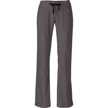 Nothing says classy yet kick-back like a relaxed linen pant, and The North Face Women's Larison Linen Pant adds easy-wear cotton and yarn-dyed stripes for a sporty twist. Welted front and rear pockets, coconut-shell buttons, and a herringbone drawcord waistband elevate the sporty to the summit of sophistication. - $64.95