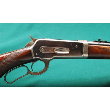 Hunting Winchester 1886 Deluxe .33 Win