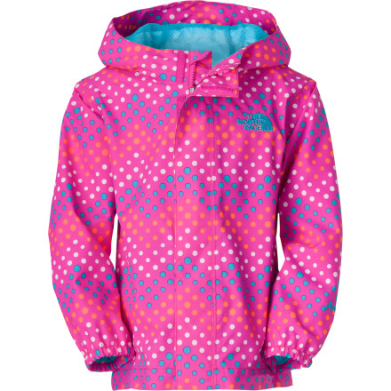 It hasn't even begun to rain, but already your little gal wants to wear The North Face Toddler Girls' Dottie Tailout Rain Jacket on her way to the park. Made with waterproof breathable HyVent 2L membrane and fully taped seams, the Dottie shields your toddler from the rain while she plays on the swings and dances in the puddles. - $59.95