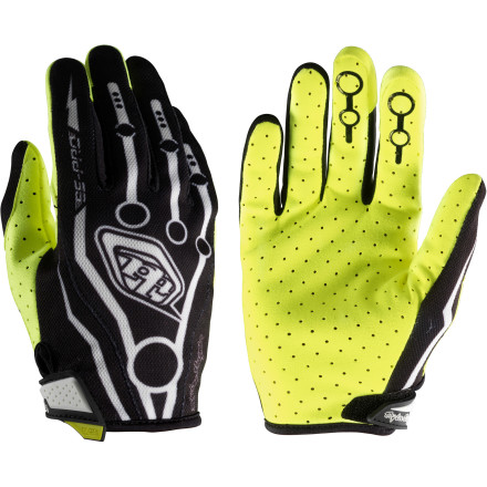 MTB Troy Lee Designs SE Pro Gloves are the result of years of R&D. Well, the folks at Troy Lee Designs call it R&D, we call it riding. Either way, they didn't pull any punches when they designed the SE Pro Gloves. Troy Lee Designs SE Pro Gloves start with highly breathable Air-Prene to keep cooling air flowing around your hand. Soft rubber pads protect your knuckles from flying debris, and the lightly padded Pittards Flex leather palm is durable and grippy, and provides exceptional feel. the good folks at Troy Lee Designs even hooked up the SE Pro with Clarino heat-resistant fingertips so you don't melt your gloves if you brush your exhaust pipe. Troy Lee Designs SE Pro Gloves come in sizes S through XXL. They are available in White or Black. - $25.56