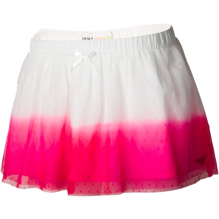 Surf One thing's for sure: the Roxy Girls' Dynomite Skirt was made for good times. And when your little lady pulls on this bold, bright, full tulle skirt, she won't be able to help herself. The bright dip-dye layers will have her jumping for joy and cheering up the wallflowers. - $36.00