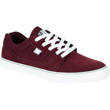 Skateboard Has your skateboarding been in a bit of a slump lately DC has just what the doctor ordered with the Tonik Men's Skate Shoe. The suede upper and vulcanized construction provide excellent board feel that will help you get your tre flips back on lock in no time. - $44.00