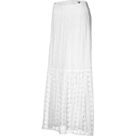 Surf A vision in white, the sheer and crocheted O'Neill Women's Band Name Skirt evokes summery romance. Long, flowy, and feminine, this lovely layer will put you in the mood for love. A smocked waist and mini lining make it practical, too, but don't let that bring you down to earth. - $53.51