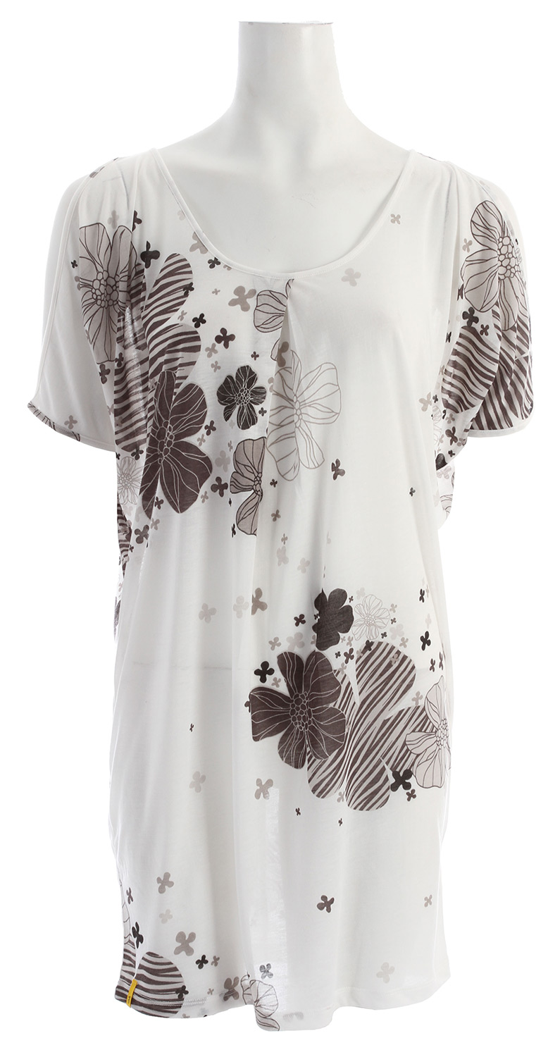 "Entertainment Cute collides with comfort with the Womens Lole Estella Tunic Dress. The loose fit tunic dress with polyester fabric has a key hole at back and sleeve opening for a casual look that is flirty and fun. Whether you're partying with friends or lounging around at home, this tunic dress with a floral design just exudes energy and vivacity.Key Features of the Lole Estella Tunic Dress: Loose fit tunic Sleeve opening Key hole at back Length 33"" 84 cm - $29.95"