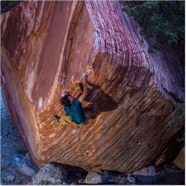 Climbing Paul Robinson sending v15 meadowlark lemon as first ascent in Red Rocks, Nevada