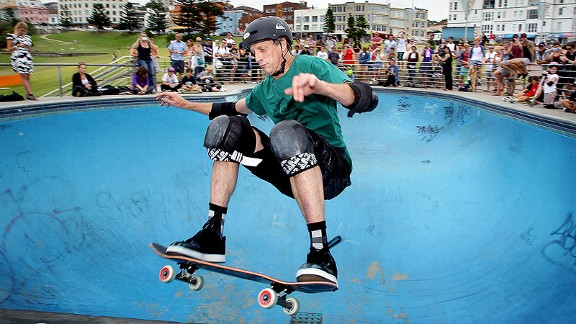 Skateboard Skateboarding legend Tony Hawk