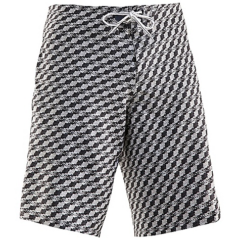 Surf Free Shipping. Under Armour Men's Psysquatch Boardshort DECENT FEATURES of the Under Armour Men's Psysquatch Boardshort 4-way stretch for increased mobility Quick dry fabric Armour block anti-odor technology UPF UA Storm DWR finish Compression short to boardshort interface The SPECS 6.49 oz, 91% Polyester/9% Elastane - $69.95