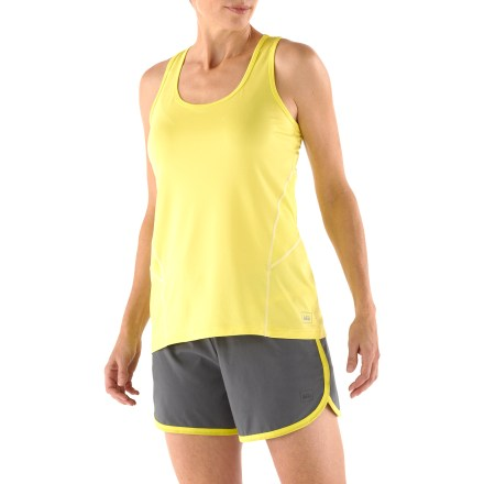 Fitness The REI Fleet Tank Top helps you pursue your fitness goals with soft comfort and easy-going style. Use it at the gym, on the running trail or anywhere your workouts take you. Moisture-wicking, stretchy fabric dries fast to keep you comfortable, and mesh panels increase ventilation. Fabric provides UPF 50+ protection from harmful solar rays. Racerback styling enhances comfort and mobility. Flatlock seams reduce chafing during active motion and won't get in the way of arm movement. Dropped hem increases rear coverage. Reflective details on seams increase visibility in dim light. The REI Fleet Tank Top offers an active fit that provides a full range of motion. - $12.83