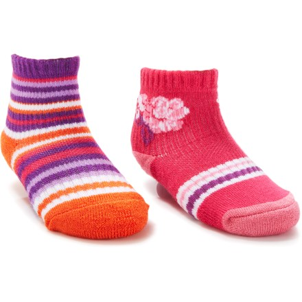 The REI Multi Stripe and Clover socks for infants are made with CoolMax(R) polyester for long-lasting stretch and moisture-wicking comfort on little feet. Blend of acrylic, rayon and nylon adds durability; a touch of spandex offers stretch and shape retention. Medium cushioning in the heels and toes adds shock absorption and protection from wear; gripper dots add traction. *Discount will be applied when you check out. Offer not valid for sale-price items ending in $._3 or $._9. - $3.83