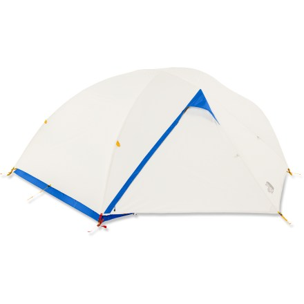 Camp and Hike The North Face Kings Canyon 3 tent is a roomy, freestanding backpacking tent big enough for basecamp, but rugged enough for backcountry exploration. - $319.93