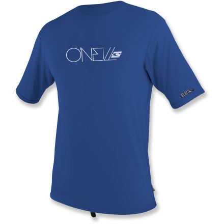 Kayak and Canoe Comfortable in the water and out, the men's O'Neill Skins rashguard T-shirt keeps the sun off your back when paddling, swimming, surfing and playing on the beach. - $18.83