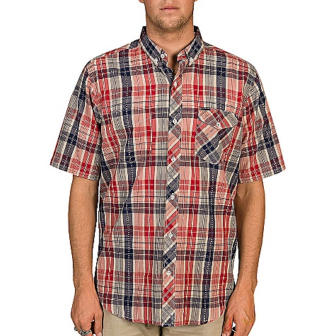 Fitness Billabong Men's Dublin SS Woven DECENT FEATURES of the Billabong Men's Dublin Short Sleeve Woven Short sleeve yarn dye plaid with a vertical dobby Texture running throughout Contrast pocket styling Woven labeling and chambray fabric detailing The SPECS 100% Cotton - $44.95