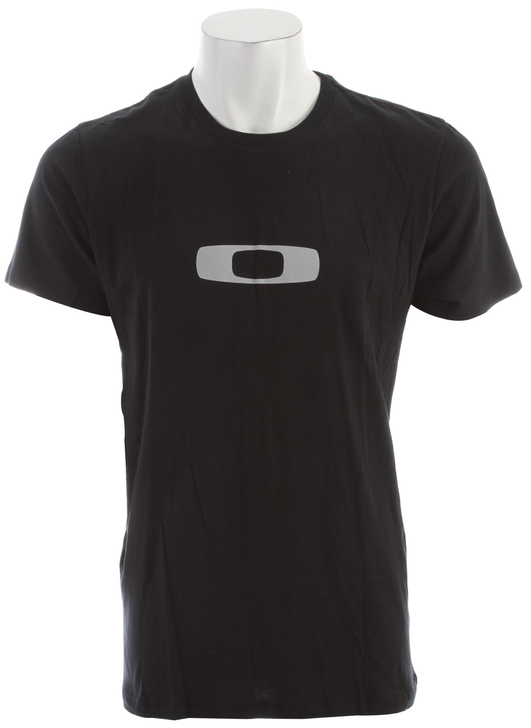 Key Features of the Oakley Square Me T-Shirt: 100% cotton T-shirt Crew neckline Screen printed icon on front Fit: Regular - $12.95