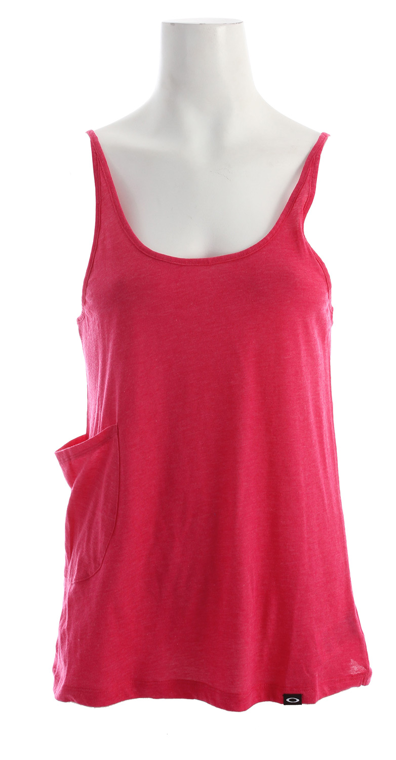 "Fitness Our favorite tank returns with a new look and new colors for spring. Enjoy an easy fit with feminine contours in a featherweight layer that's perfect for running or grabbing a coffee. 26"" hpsKey Features of the Oakley Choka Tank: 60% cotton/40% polyester - $13.95"