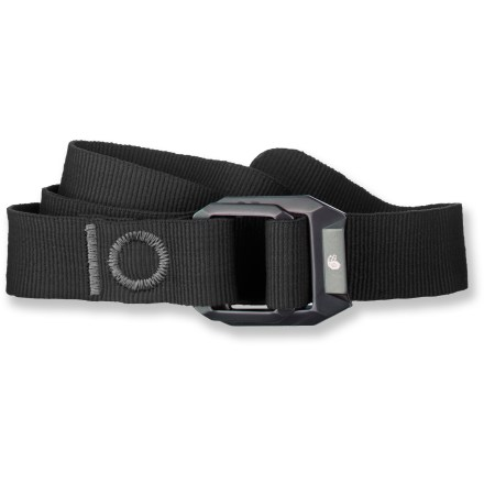Climbing The Mountain Hardwear Double Back belt features a climbing-inspired design that adds to your everyday style. Anodized alloy buckle is styled after buckles found on climbing harnesses; includes a small screen printed Mountain Hardwear nut logo. Recycled polyester belt is 47 in. long. - $35.00