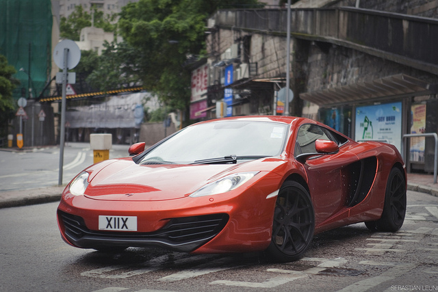 Auto and Cycle McLaren MP4-12C